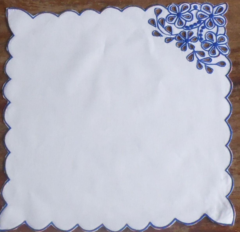 Sousplat + Guardanapo Percal Margarida Azul bic Kit Com 12  - Helô Reis Store