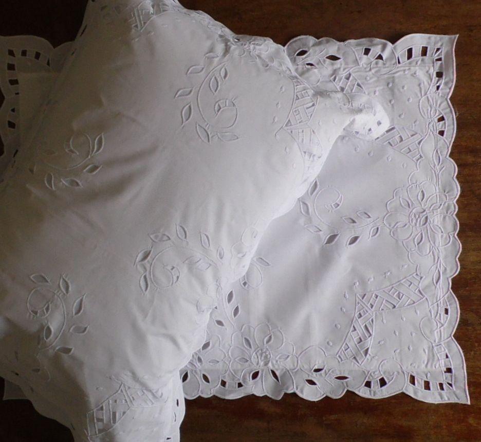 Par de Fronhas Simples branca  - Helô Reis Store