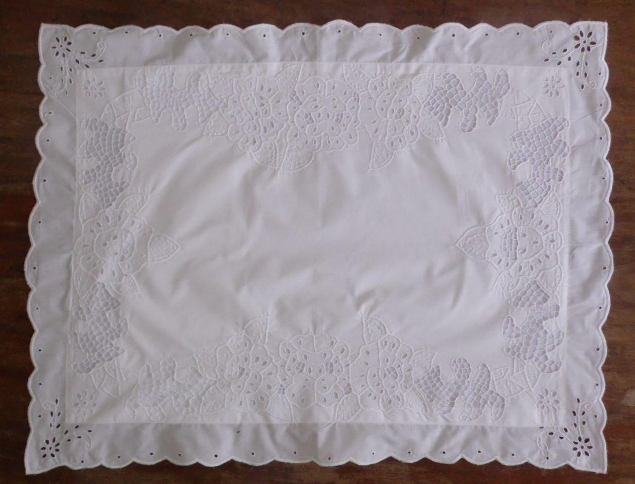 Par de Fronhas Rosa branco  - Helô Reis Store