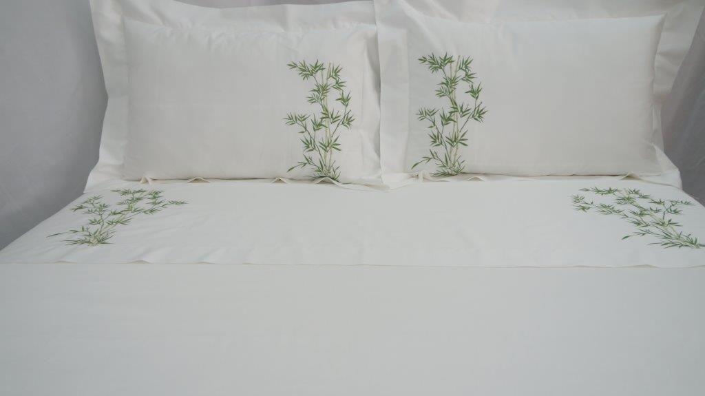 Roupa de Cama 250 fios Bambu branco/verde  - Helô Reis Store