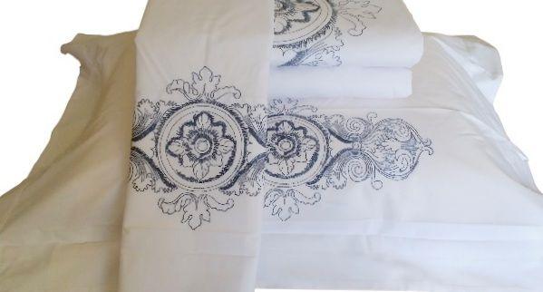 Roupa de Cama 250 fios Camões branco/ azul  - Helô Reis Store