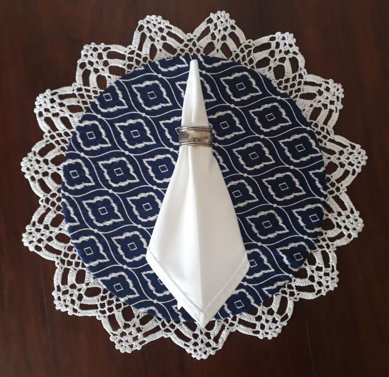 Sousplat + Guardanapo + Base Mdf Azul Com Branco Kit Com 12  - Helô Reis Store
