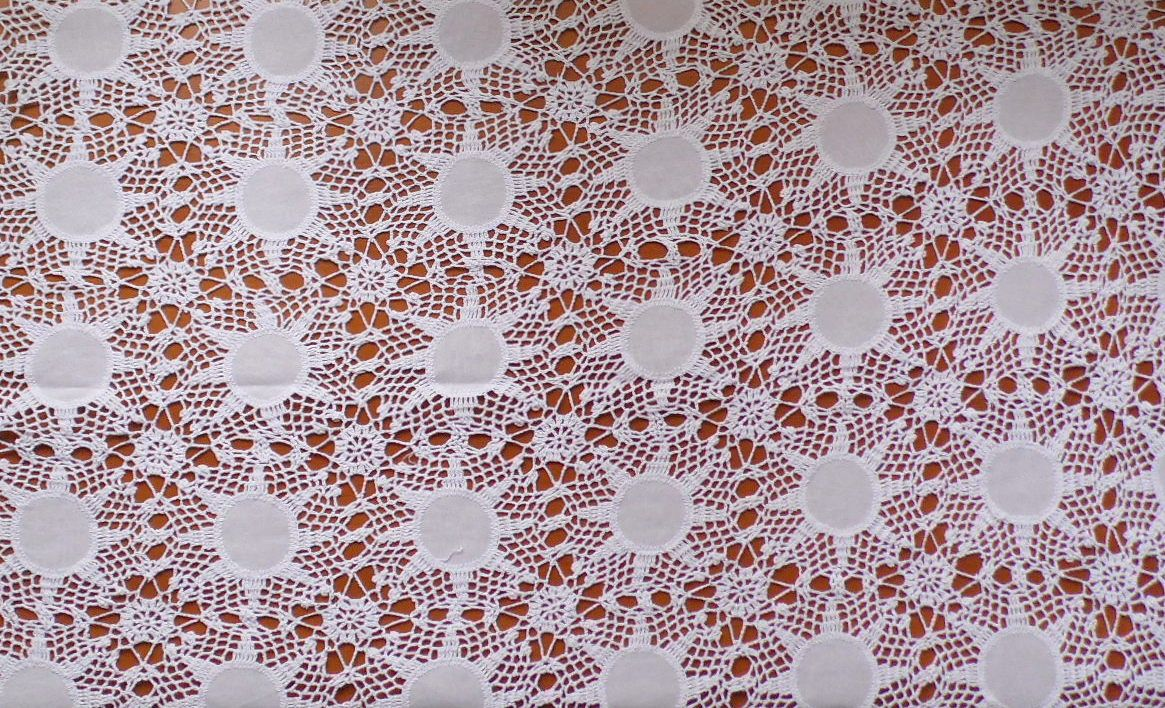Toalha de Mesa Crochet com Linho branco  - Helô Reis Store
