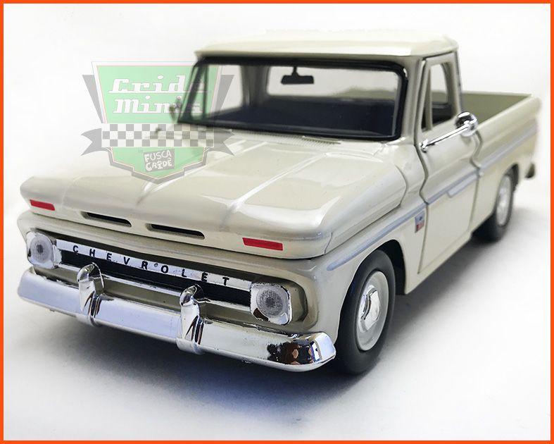 Chevrolet C10 1966 c/ Caixa Expositora - escala 1/24
