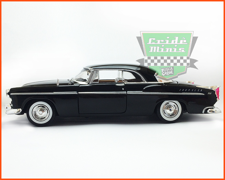 Chrysler C300 1955 - escala 1/24