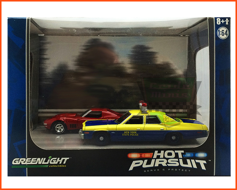 Diorama Hot Pursuit Chevy Corvette & Dodge Monaco Police NY - escala 1/64