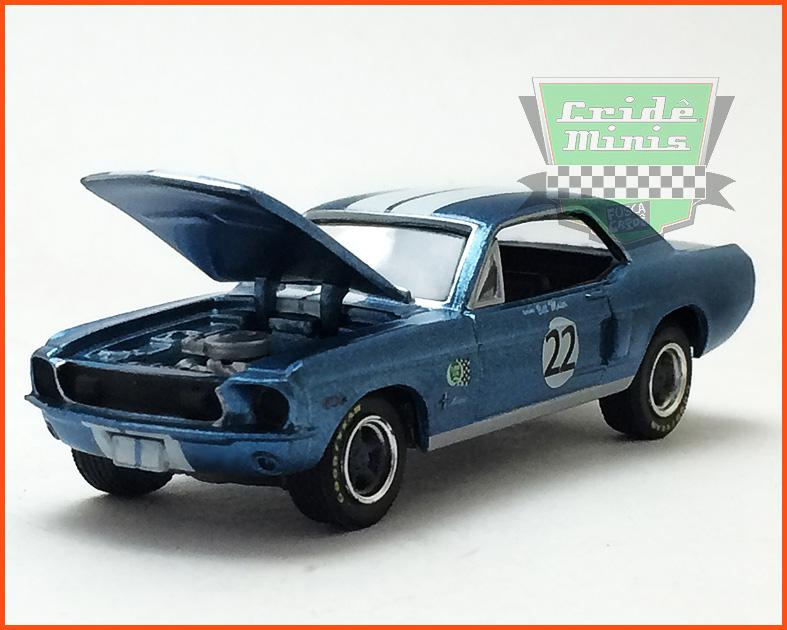 Diorama Road Racers Dodge #77 Mustang #22 - escala 1/64