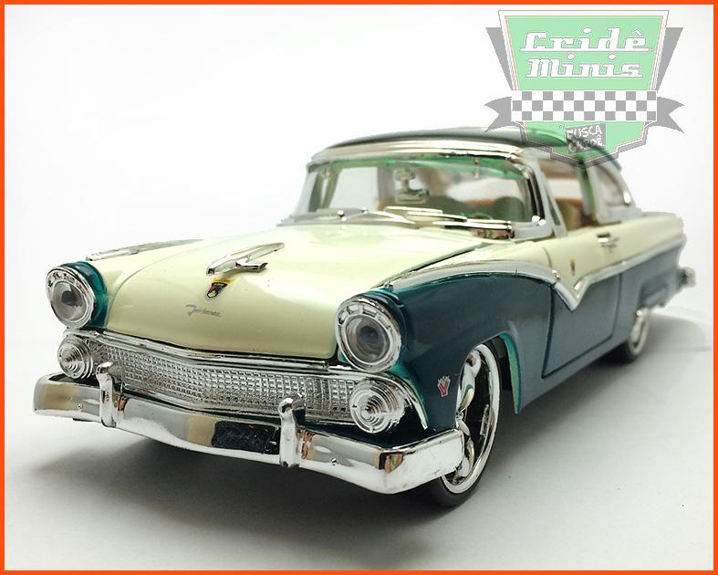 Ford Crow Victoria 1955 verde - escala 1/24
