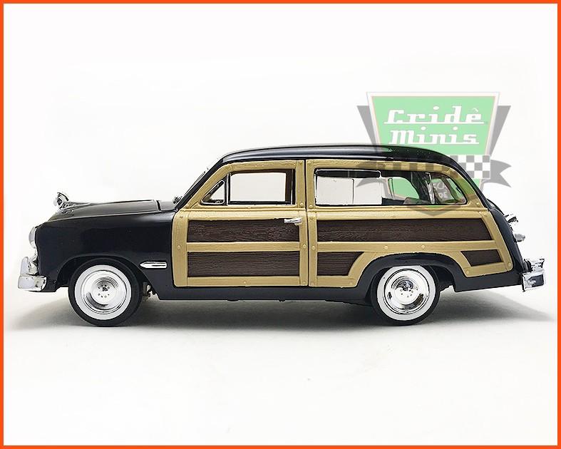 Ford Wood Wagon 1949 - Escala 1/24