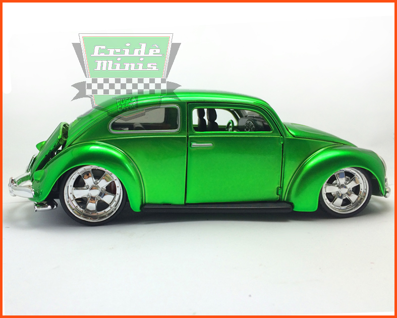 Fusca Oval Window Custom 1955 green - escala 1/24
