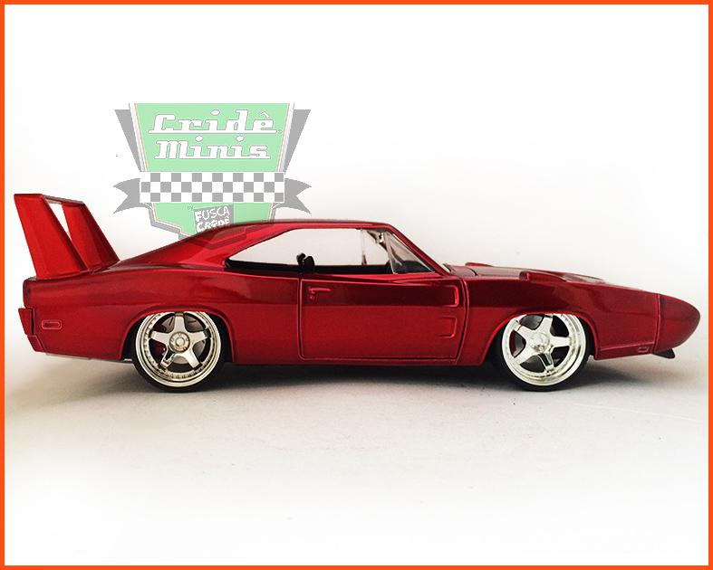 Jada Dodge Charger Daytona 1969 - Velozes & Furiosos - escala 1/24
