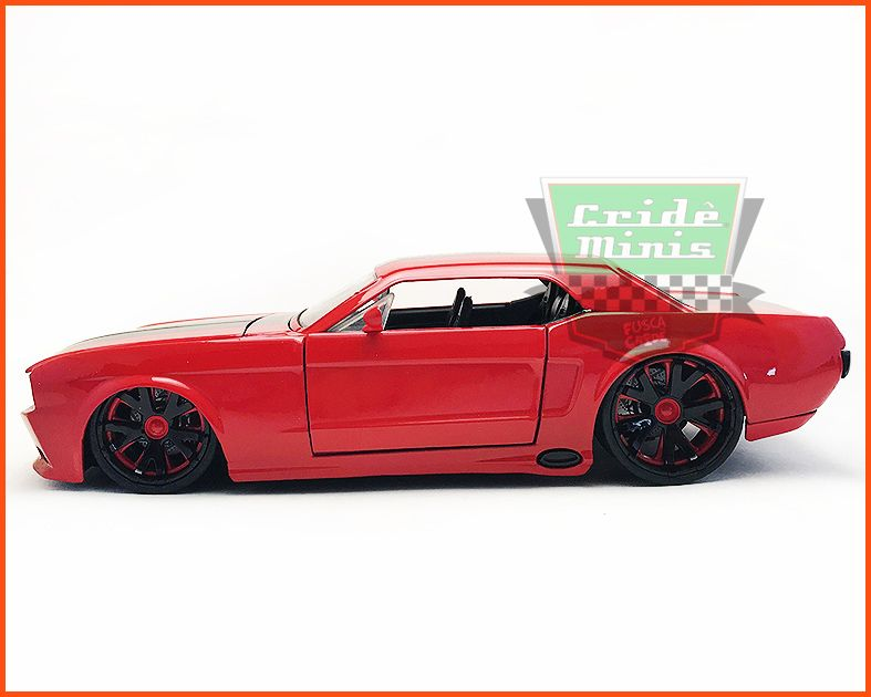 Jada Ford Mustang 1965 - escala 1/24