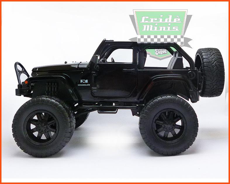 Jada Jeep Wrangler preto - escala 1/24