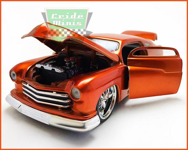 Jada Mercury Orange Metal 1951 - escala 1/24