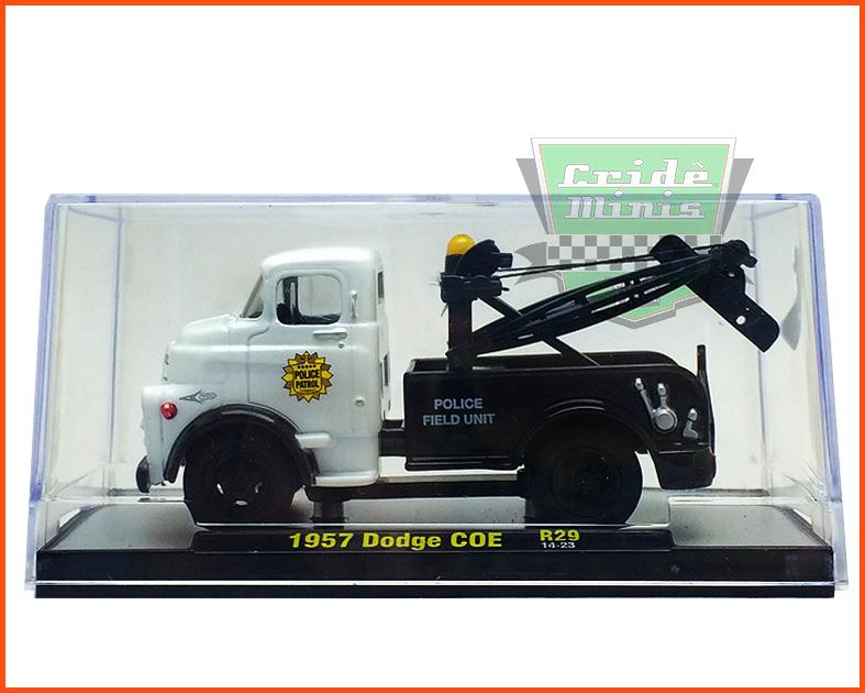M2 Dodge COE 1957 Police Patrol - Edição Premium 5.000 unidades - escala 1/64