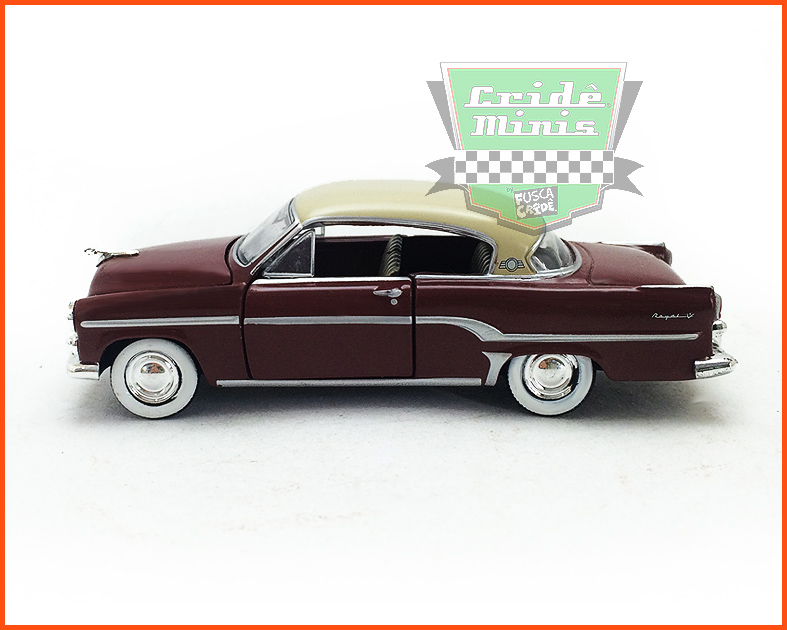 M2 Dodge Royal 1954 - Premium Edition - escala 1/64