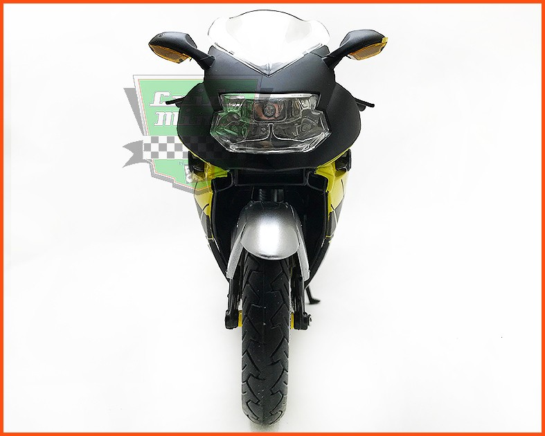 Moto BMW K 1200 S - escala 1/12