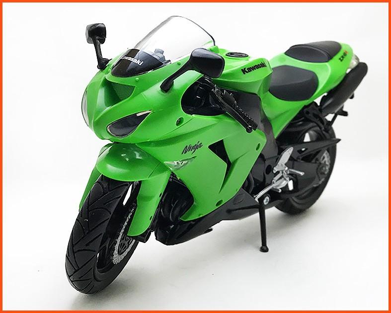 Moto Kawasaki Ninja ZX 10R - escala 1/12