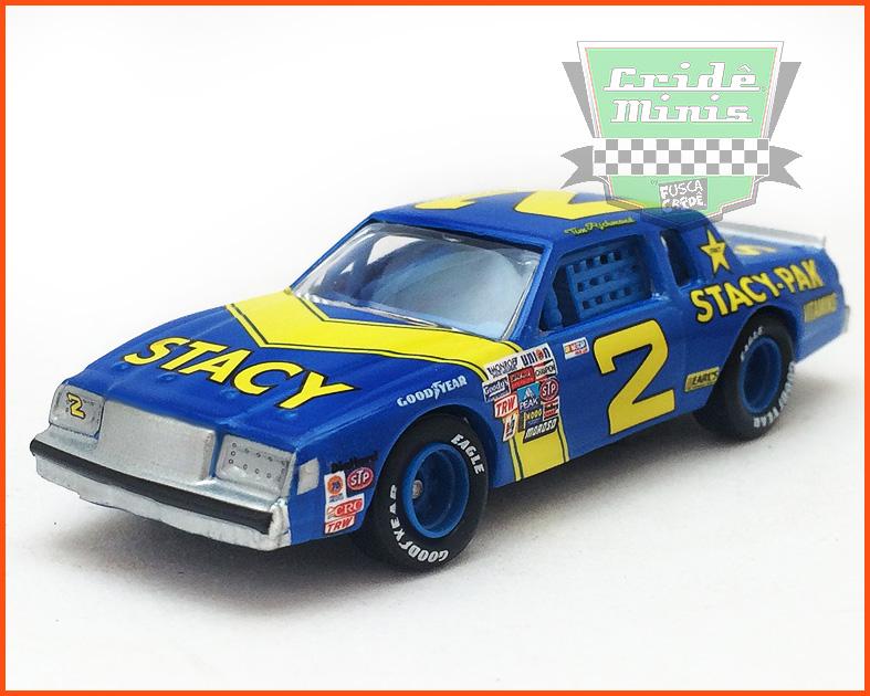 Nascar Buick Regal 1982 Tim Richmond #2 JD Stacy - escala 1/64