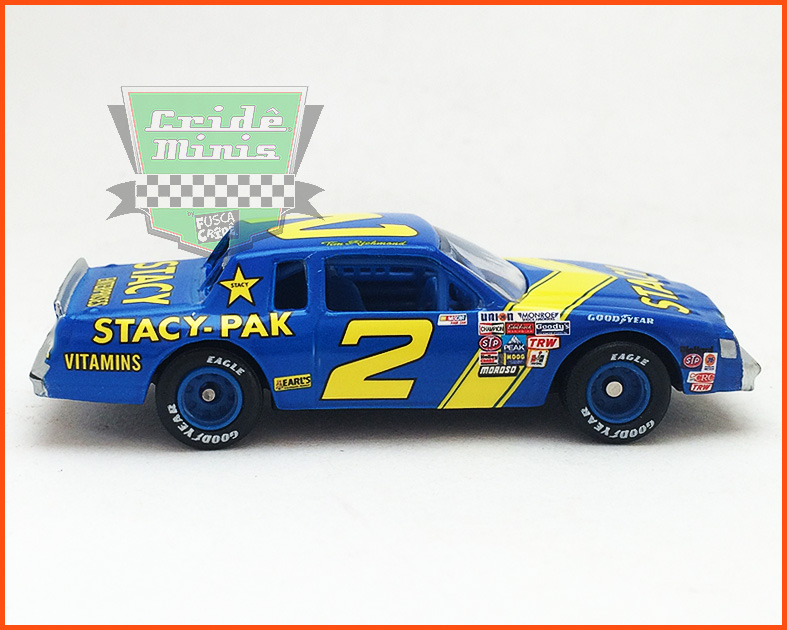 Nascar Buick Regal 1982 Tim Richmond #2 JD Stacy - escala 1/64