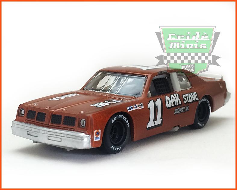 Nascar Pontiac 1982 Jack Ingram #11 - escala 1/64 - Modelo RARO