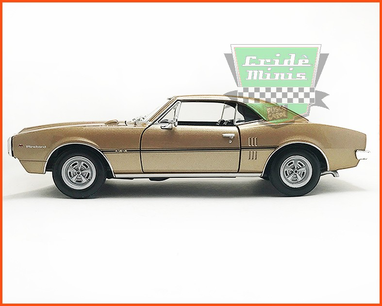 Pontiac Firebird 1967 Gold- escala 1/24
