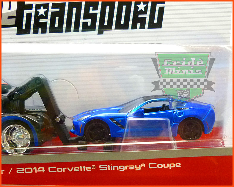 Corvette StingRay Coupe 2014 com Guincho - escala 1/64