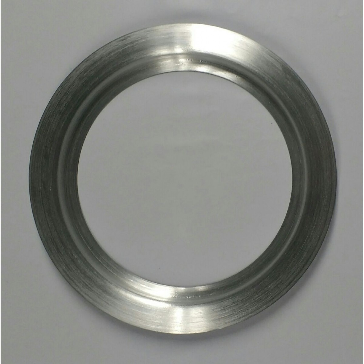 Escotilha ma-02 em Alumínio escovado ( par ) tamanho interno 18,5 cm externo 22 cm  Promoção por tem limitado