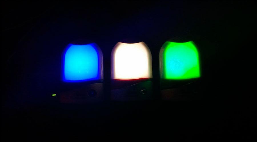 Abajur Bivolt Com Sensor De Luz