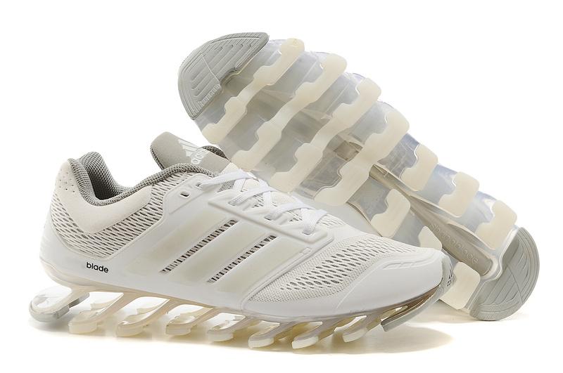 design intemporel 9a8fd dd90e Adidas Springblade Drive Branco e Cinza