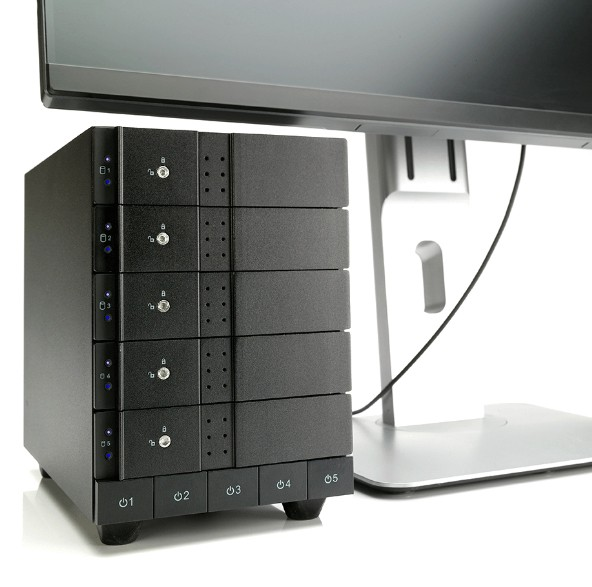 HD + Case Oyen Digital Mobius 5-Bay Thunderbolt 2 50TB  - Rei dos HDs