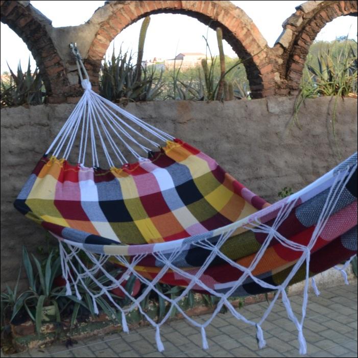 Rede de Dormir e Descansar Fustão para pequenos ambientes