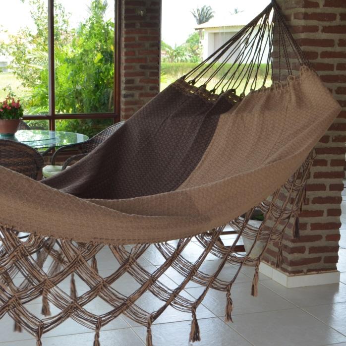 Rede de Dormir e Descansar Casal Algodão Bucho de Boi Xadrez Varanda de Capa