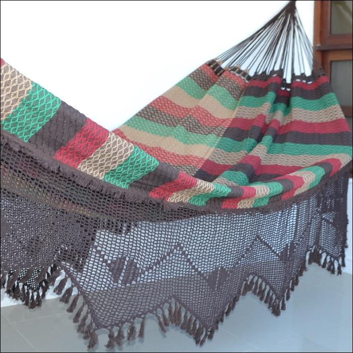 Rede de Dormir e Descansar Casal Bucho de Boi Varanda Crochê Marrom