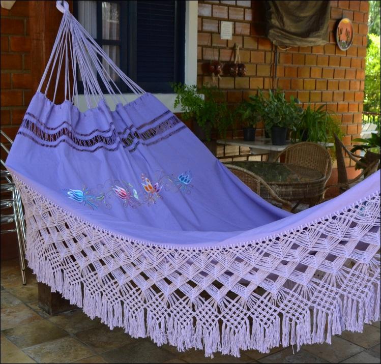 Rede de Dormir e Descansar Casal Sol a Sol bordada Varanda de Capas lilás