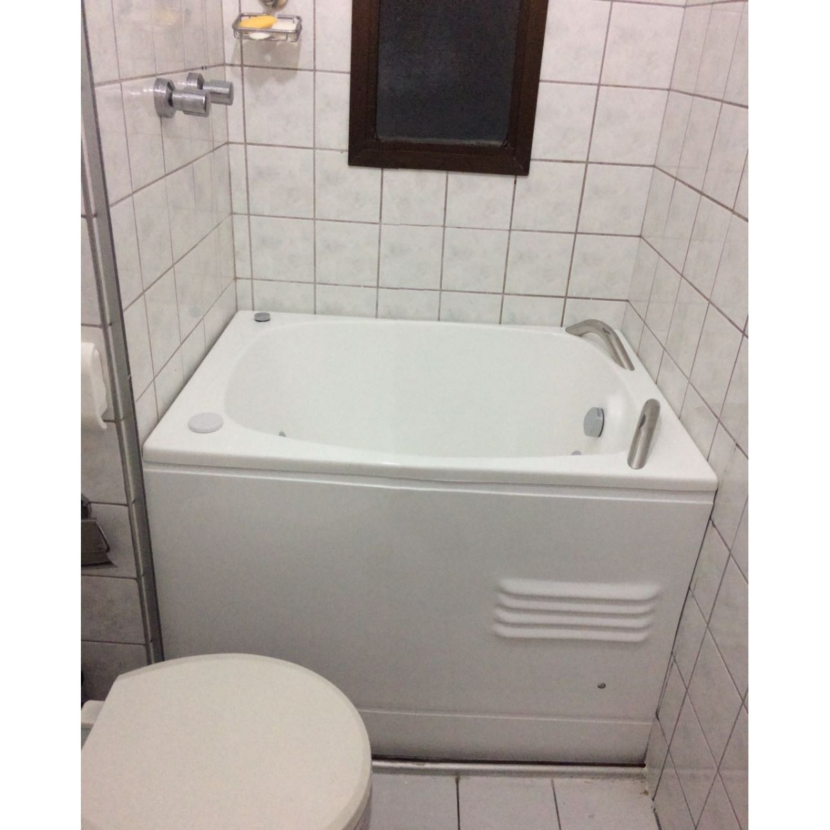 Banheira Apartamento Pequeno Mini Baby 0,98 x 0,70  - Hydromas