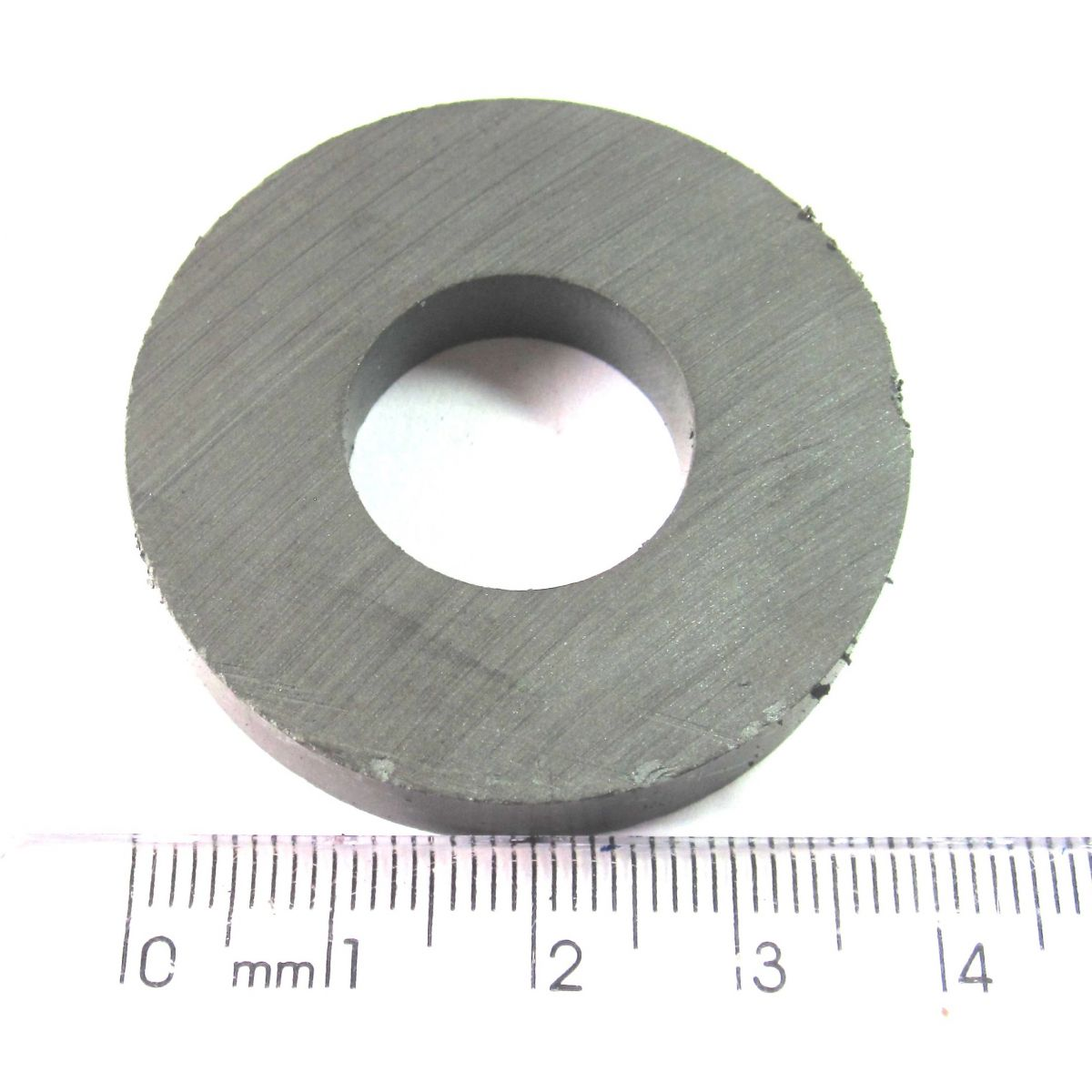 Imã de Ferrite Anel (cerâmica) Y25 40x18x7 mm  - Polo Magnético