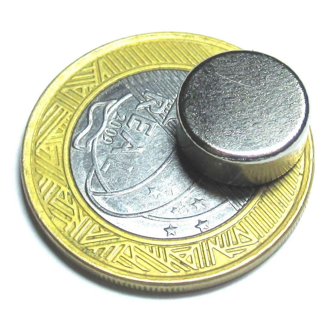 Imã de Neodímio Disco N35 12x5 mm  - Polo Magnético