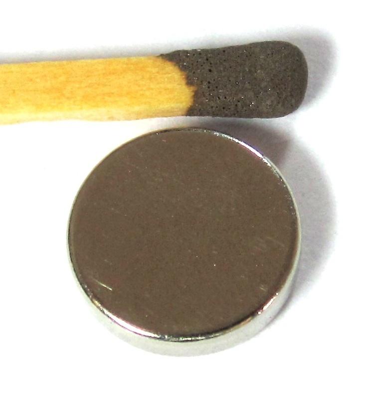 Ímã de Neodímio Disco N35 11x3 mm  - Polo Magnético