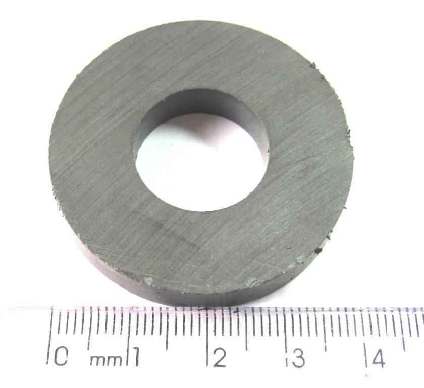 Imã de Ferrite Anel (cerâmica) Y25 40x18x7 mm com 6 polos  - Polo Magnético
