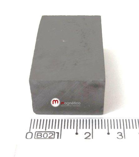 Imã de Ferrite Bloco (cerâmica) Y30 36x23,3x16 mm  - Polo Magnético