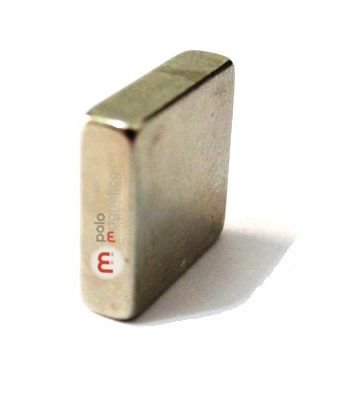 Imã de Neodímio Bloco N35 10x10x3 mm