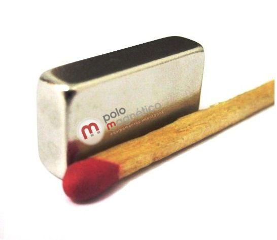 Imã de Neodímio Bloco N35 20x10x5 mm