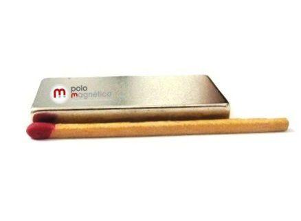 Imã de Neodímio Bloco N35 40x20x5 mm