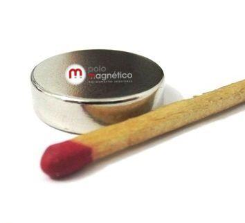 Imã de Neodímio Disco N35 18x5 mm  - Polo Magnético