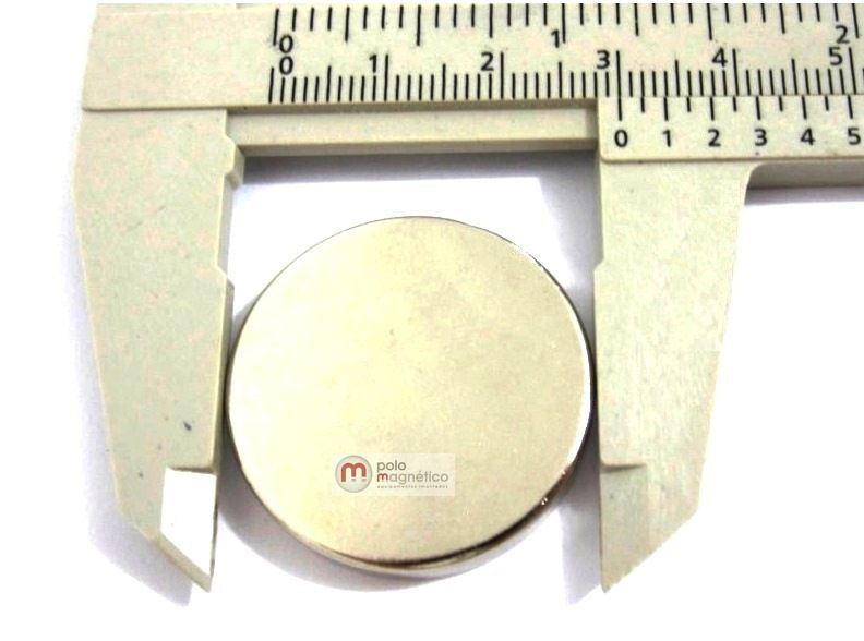 Imã de Neodímio Disco N35 30x5 mm  - Polo Magnético