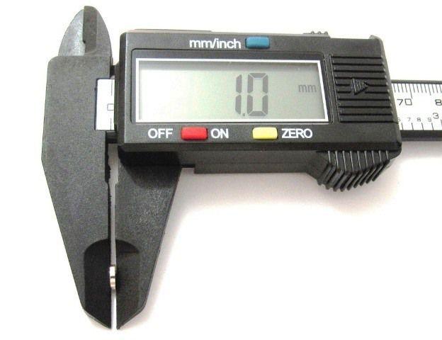 Imã de Neodímio Disco N35 5x1 mm  - Polo Magnético
