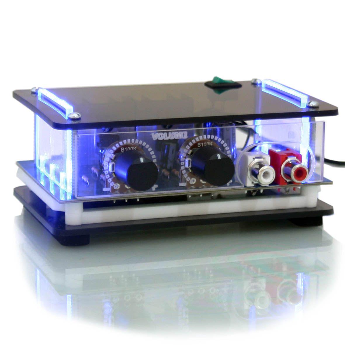 kit som ambiente mini amplificador estéreo e 4 arandelas quadradas de embutir