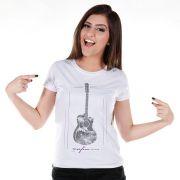 Camiseta Feminina Sofia Oliveira Violão