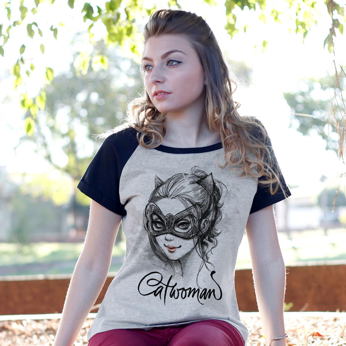 Camiseta Raglan Feminina Catwoman Selina Kyle